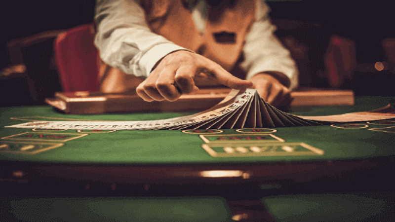 บาคาร่า-Baccarat-Card-Game-